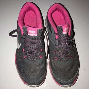 Grey and pink Nike Training TR 5 size 7.5